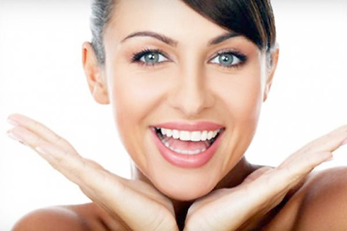 How to whiten teeth instantly