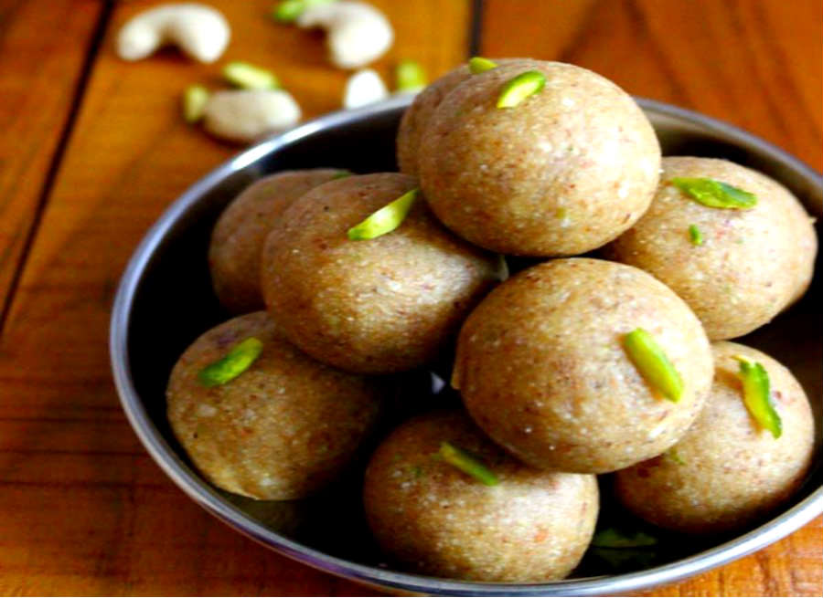 urad-dal-laddu-to-stay-young