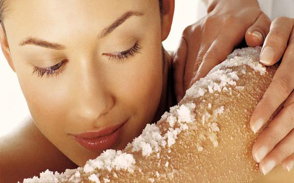 Latest hindi news, Fashion & Beauty news, Home face scrub to get spotless skin, home remedy, Spotless skin, Natural face scrub, Home remedies, acne, face glowing, Remove acne