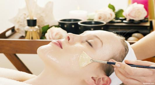 Home Made Treatment,Fix Problems,Skin of face,Neck Ignore,More fragile,Facial skin