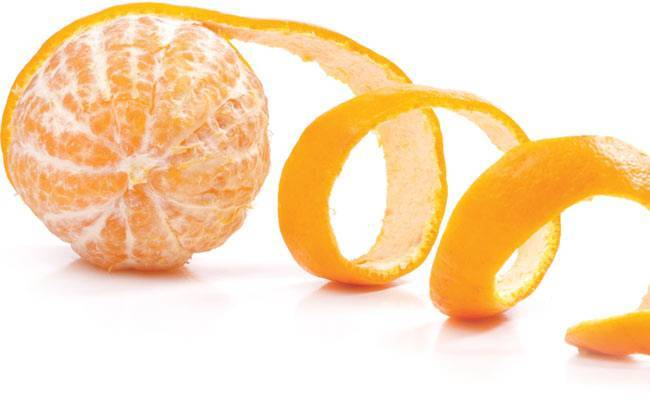 Fruits skin protects agains akin problems